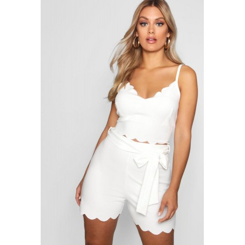 BOOHOO Plus Crepe Scallop Bralet + Short Co-ord Favorite welcome Please select PZZ81414
